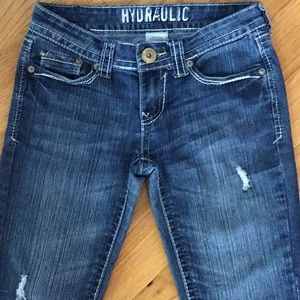 Just In! Jrs Hydraulic Distressed Capris Size 5/6